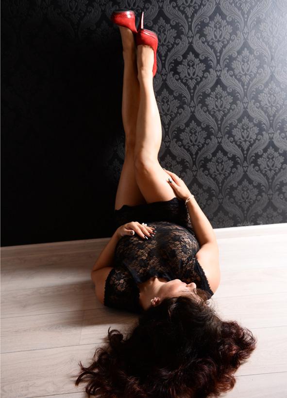 erotische nacktbilder adel münchen